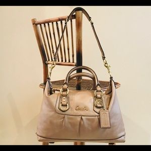 ⚡️ Coach satchel handbag; shoulder purse